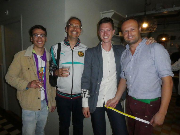 Fashionstudent Manu Drenthem Soesman, fotograaf Ferry Drenthem Soesman, Boy Glansbeek (Lloyd) en Hans Prummel (Naammaker/Gaykrant). Beeld Hans van de Beek