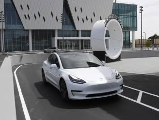 Tesla met automatische piloot veroorzaakt bijna 10 keer minder verkeersongelukken