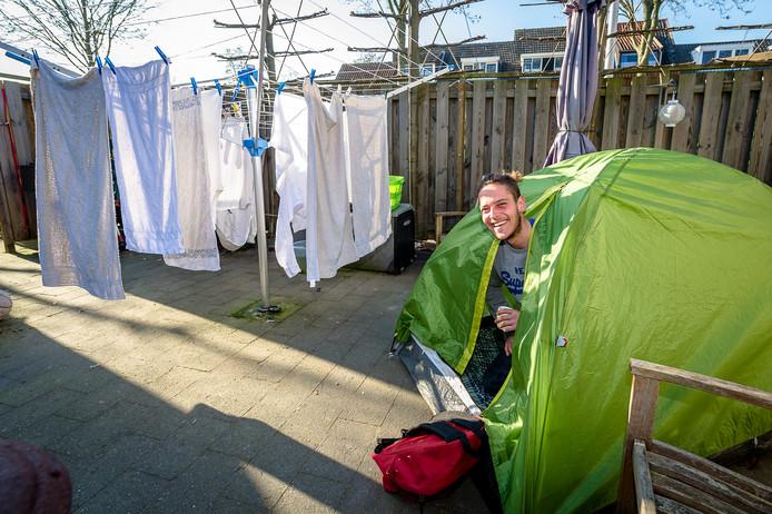 Matheus Zachariotti was enkele dagen 'gast' in de achtertuin van Ria Hoogstad.