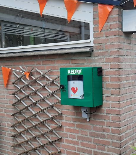 Na extra AED's zoekt Bernheze nu mensen die ermee overweg kunnen