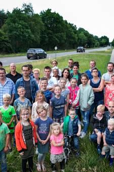 Veertien Deurnese families strijden al drie jaar tegen plannen voor de N270: 'We willen er alleen maar één stoplichtje bij'