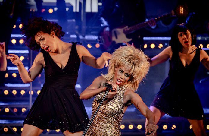 Nyassa Alberta als Tina Turner tijdens de galapremiere