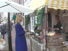 Mona Keijzer doet toer langs Haagse horeca: 'Het is een win-winsituatie'