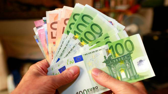 Meer Belgen kiezen voor beleggen in plaats van spaarrekening: onze expert legt uit hoe je ermee start