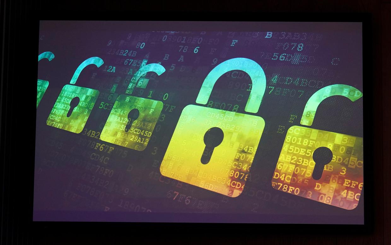 Er zijn dit jaar al 150.000 meldingen binnengekomen van cybercrime bij de Belastingdienst, omdat mensen door de coronapandemie er vatbaarder voor zijn. Beeld Hollandse Hoogte / EPA