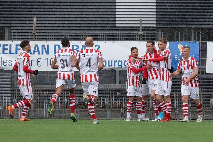 TOP Oss zegeviert tegen FC Volendam.