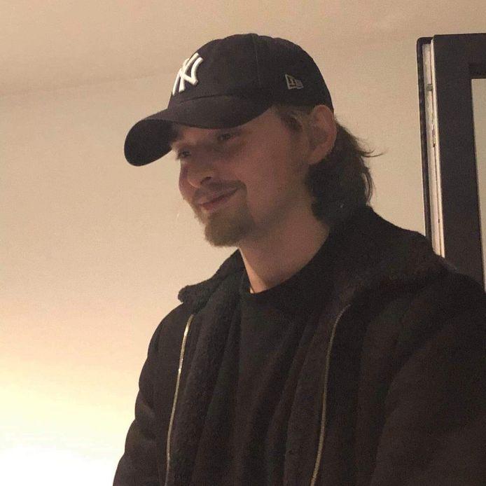 Damian R., 21-jarige die stierf na val uit raam van een hotel toen de politie lockdownfeestje binnenviel in Deurne