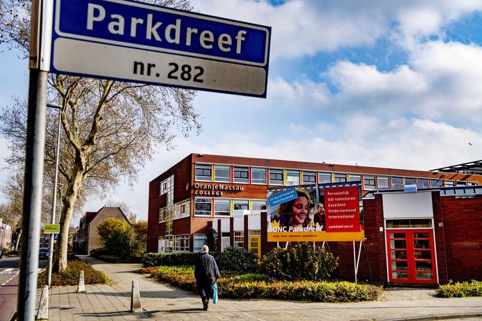 Het Oranje Nassau College aan de Parkdreef in Zoetermeer.
