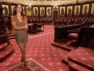 "'Stylist' Bracke heeft kritiek op partijgenote: ""Te sexy outfit"""
