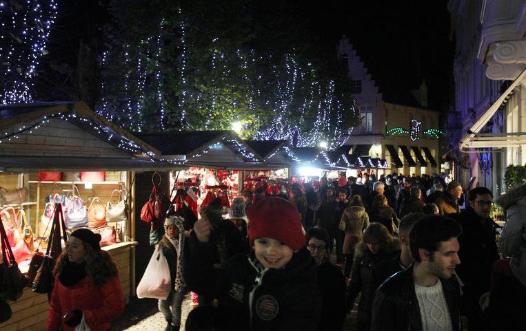 De shoppingdagen tijdens eindejaar brengen steevast een massa volk op de been.