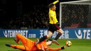 VIDEO: Hazard kan met flits (en knappe goal) Chelsea na strafschopfout Courtois niet behoeden voor rampzalige avond