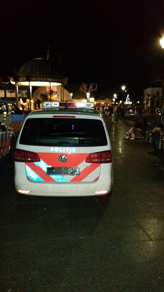 Op de Markt in Prinsenbeek werd een kentekenplaat van een auto gestolen.