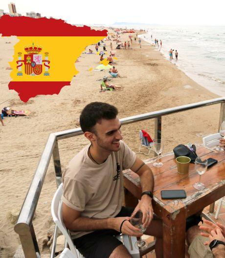 Afschaffen mondkapjesplicht moet helpen toeristen weer naar Spaanse costa's te trekken