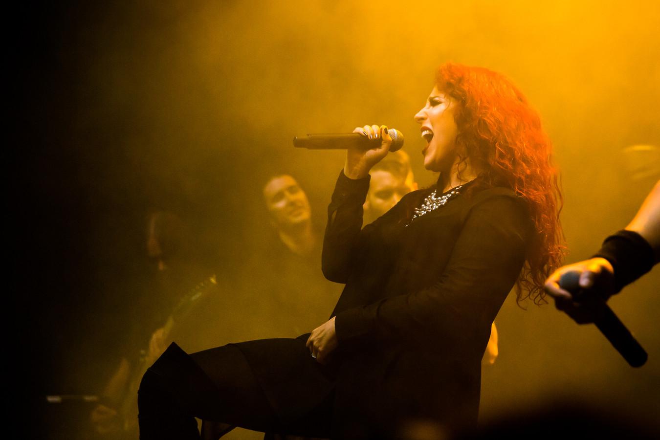 De Eindhovens/Mexicaanse zangeres Marcela Bovio.