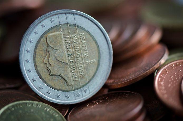 2013-01-15 00:00:00 ZOETERMEER - Een afbeelding van koning Beatrix op een euromunt ANP XTRA LEX VAN LIESHOUT