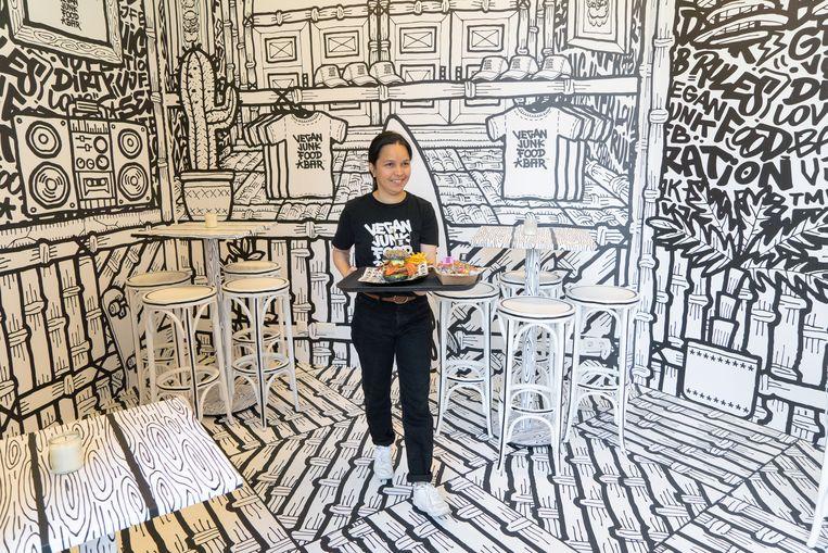 Vegan Junk Food Bar in 2D. Beeld Birgit Bijl