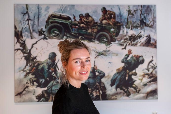 Janneke Kennis van het Oorlogsmuseum in Overloon in de ruimte waar een nieuwe expositie komt over Jeeps in de oorlog.