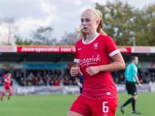 FC Twente Vrouwen blijft met late zege in spoor van Ajax