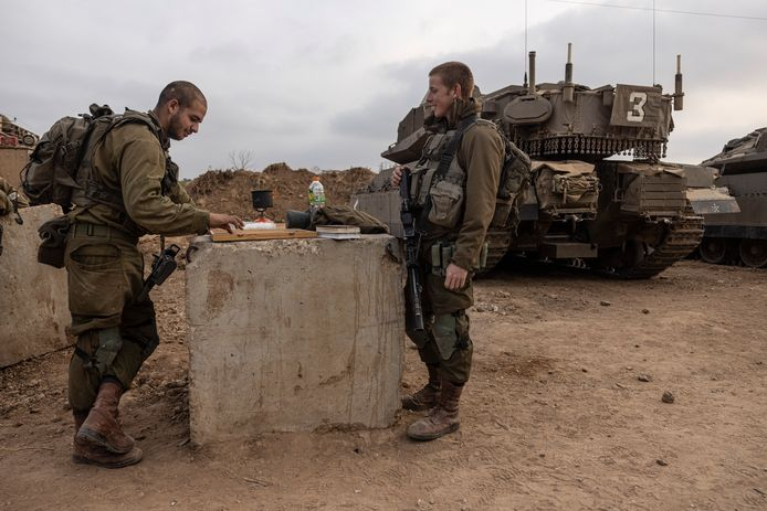 Israëlische soldaten nabij de grens met Gaza.