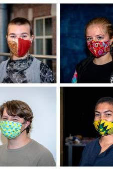 Studenten weten wel raad met mondkapjesplicht: 'Laat het tenminste gezellig zijn om naar te kijken'