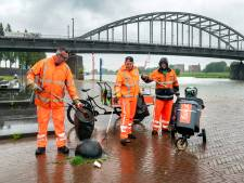 Kans op vijf keer hoger loon voor de zwerfvuilvegers in Arnhem: van 50 cent naar 2,50 per uur