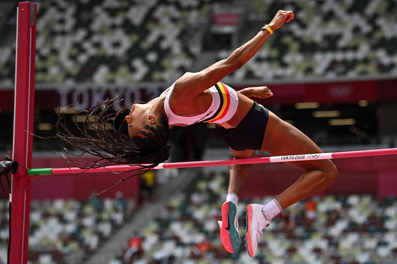 Nafi Thiam springt 1,92 meter in Tokio. Beeld AFP