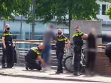 Mes gevonden bij preventieve fouilleeractie in Dordrecht