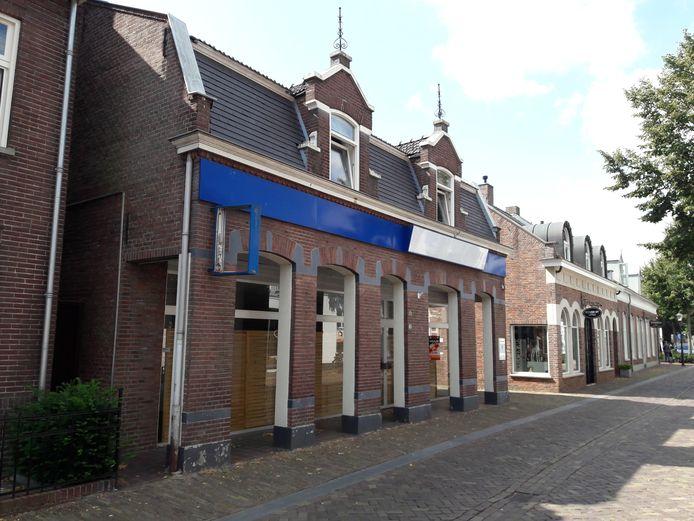De voormalige fietswinkel aan de Kerkstraat in Oisterwijk is in beeld als pand voor kortdurende zorg.