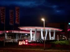 Tegen overlast door rode gloed Enterse tankstation nog niets te ondernemen: 'Eerst nieuwe regels nodig'