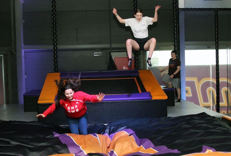 SuperJump is een van de grootste trampolineparken in België