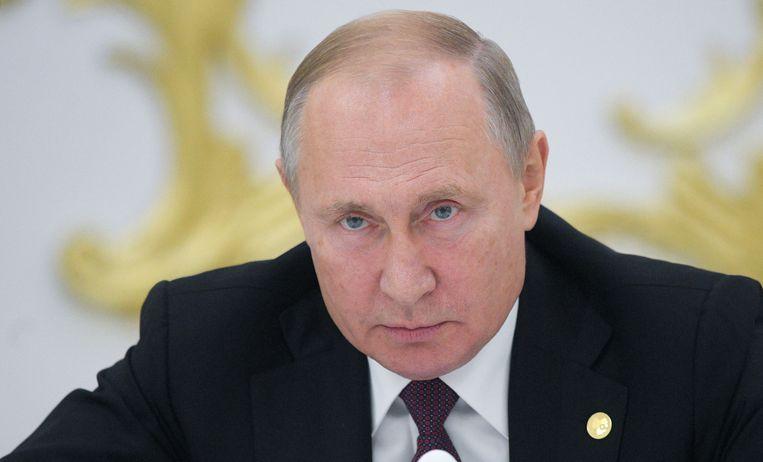 'Retoriek heeft geen impact op Poetin en zijn vrienden. Zeggen dat je verontrust bent, volstaat niet. J moet ze financieel pijn doen.'  Beeld VPRO