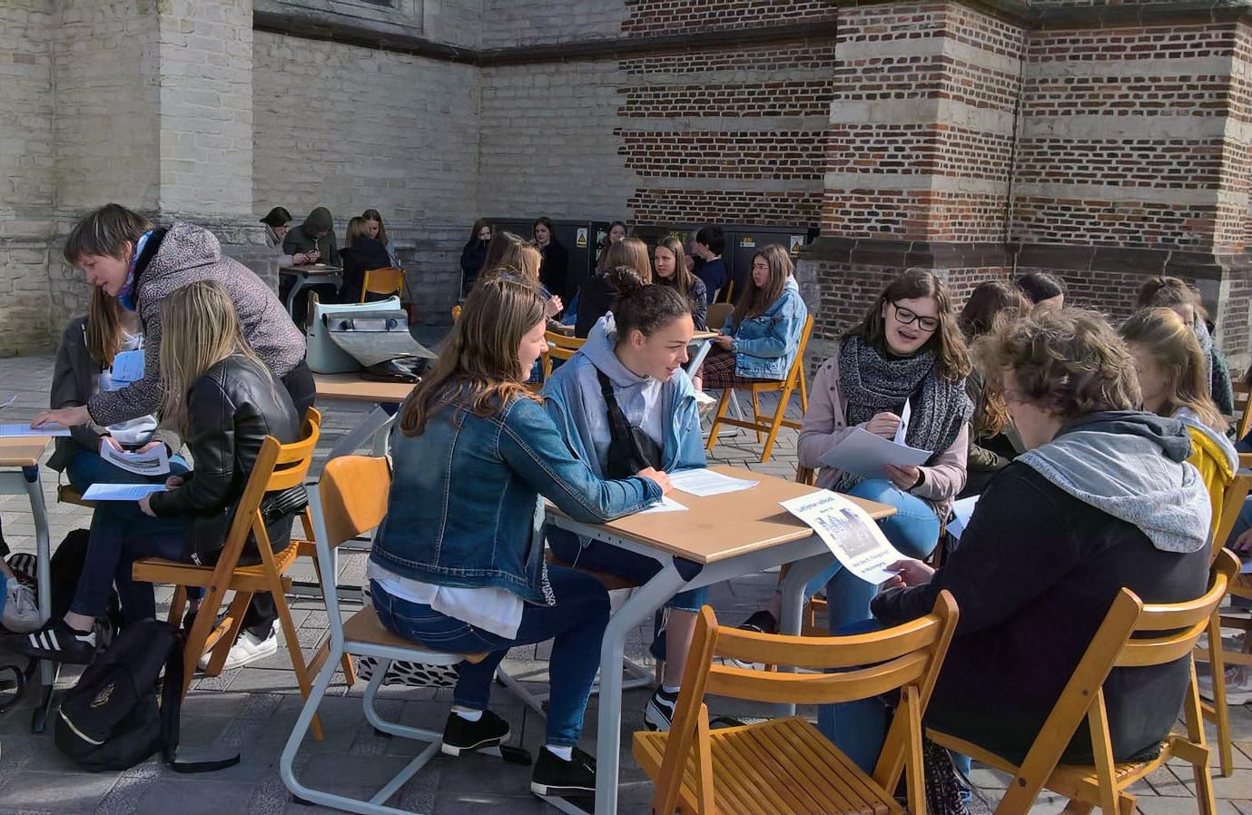 De vierdejaars van Sociaal Technische Wetenschappen kregen les over het Ancien Régime.