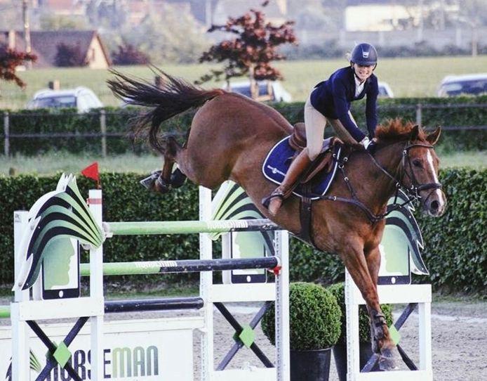 Ines De Vos op King Edward, tijdens de training 4 jaar geleden.