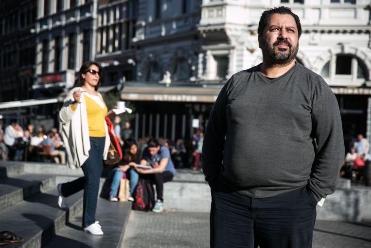 Spijbelambtenaar Najib Chakouh ruilt Antwerpen in voor Mechelen. In een interview gaf hij aan dat het in Antwerpen vooral bij windowdressing bleef. Beeld Bas Bogaerts