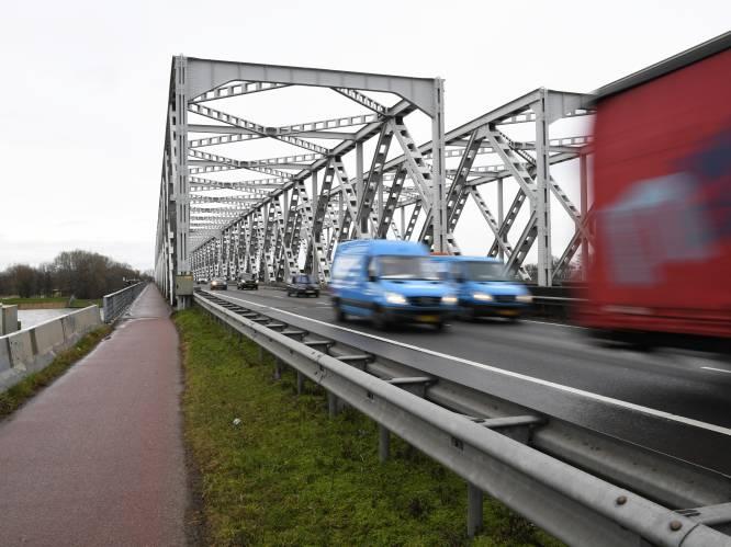 Van Moerdijk naar Keizersveer, maar 85 jaar oude bruggen krijgen ook nog een dérde leven