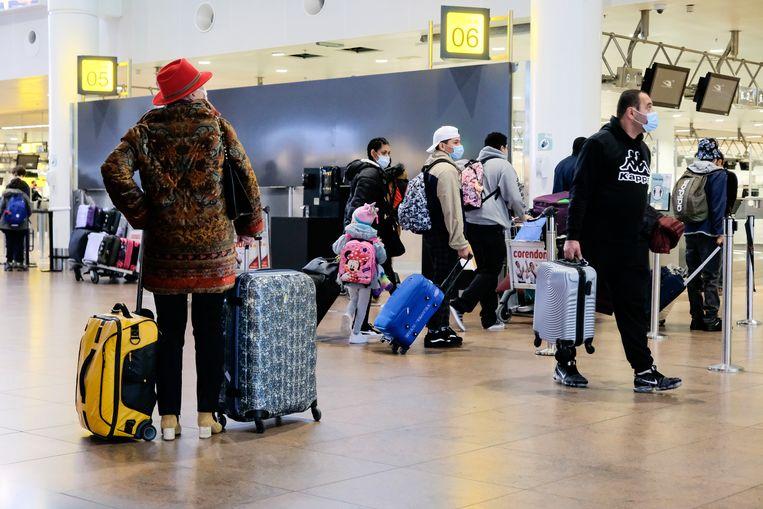 reizigers op de luchthaven van Zaventem Beeld Marc Baert