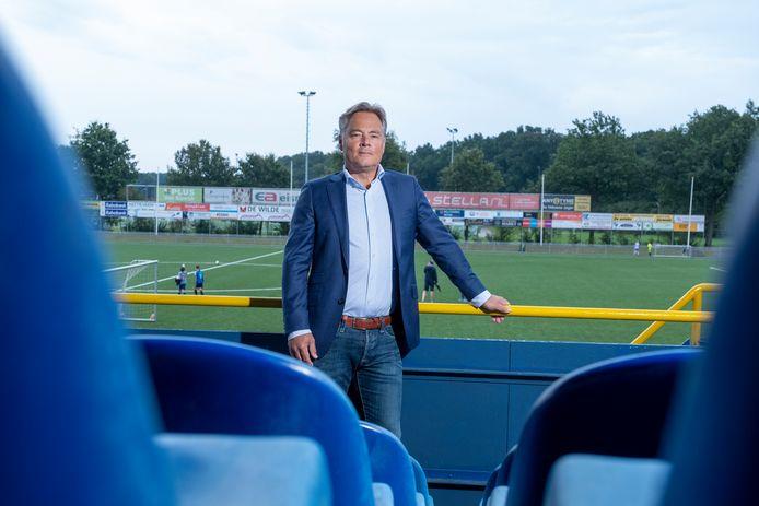 """Volgens VV Nunspeet-voorzitter Rob Buis is een verbouwing van sportpark De Wiltsangh hard nodig: """"Er komt geen warm water meer uit de douches, het is lapwerk."""""""