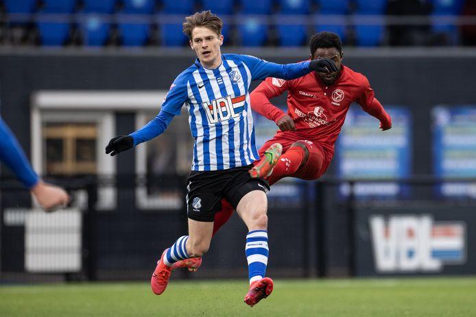 Mitchel van Rosmalen vrijdag in actie namens FC Eindhoven tegen Almere City (1-3 verlies).