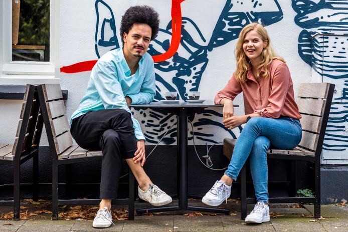 Mark Laagewaard van CrowdAboutNow en Daniëlle Gouman van Voor je Stadsie.