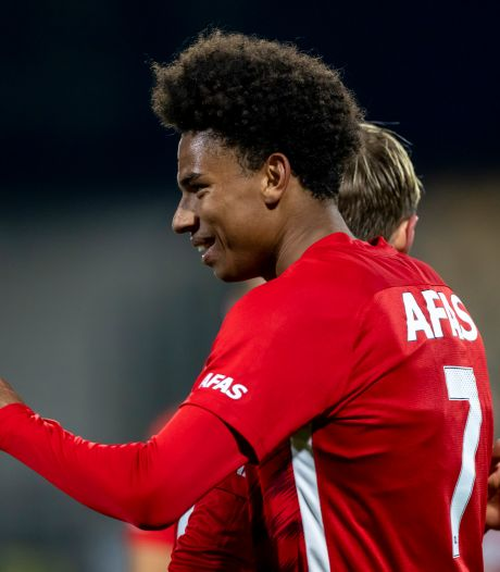 Calvin Stengs in Nice om te onderhandelen over transfer