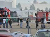 Geparkeerde vrachtwagen vliegt in brand bij Jumbo in Breda