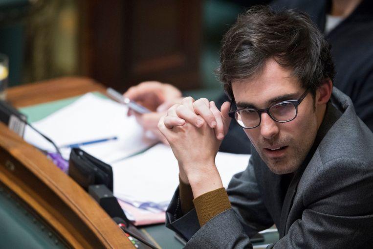 Groen-fractieleider Kristof Calvo begrijpt niet dat Electrabel nonchalant omspringt met het onderhoud van de centrale.