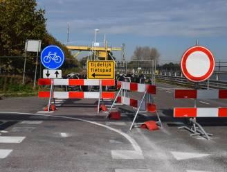 Asfalteringswerken Westkade tussen Sas van Gent en Zelzate gestart