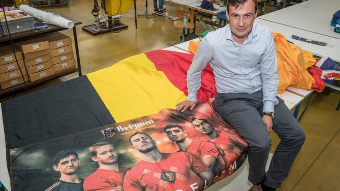 """Kalme periode bij vlaggenfabrikant Waelkens: """"Geen EK-hype zoals andere jaren"""""""