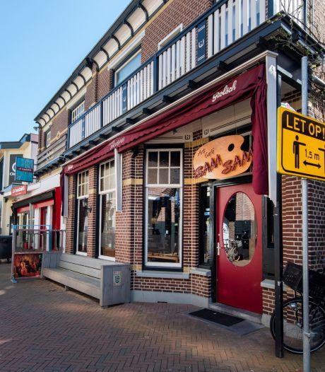 Befaamd Apeldoorns café SamSam in nieuwe handen: stamgasten gaan 'tweede woonkamer' missen
