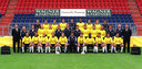 De selectie van NAC voor het eredivisieseizoen 2000-2001. Middelste rij, tweede van rechts Ben van Bilzen.