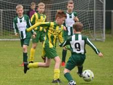 Het amateurvoetbal is terug: de jeugd geeft de velden weer kleur