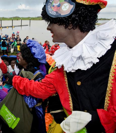 Voornamelijk zwarte pieten bij Sinterklaasintochten Rivierenland
