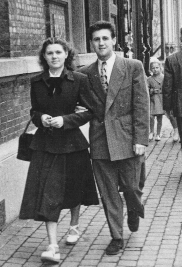 Als jong koppel na de oorlog, met haar man Edmond Thuy.