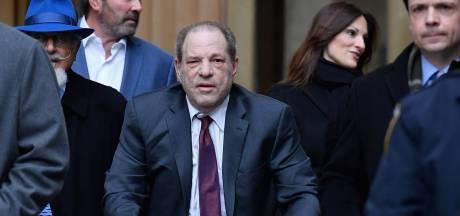 Rechter seponeert een van de elf aanklachten in misbruikzaak Weinstein